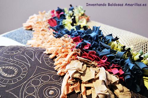 alfombra-hecha-de-camisetas
