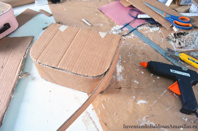 montar-maleta-carton-reciclado-1