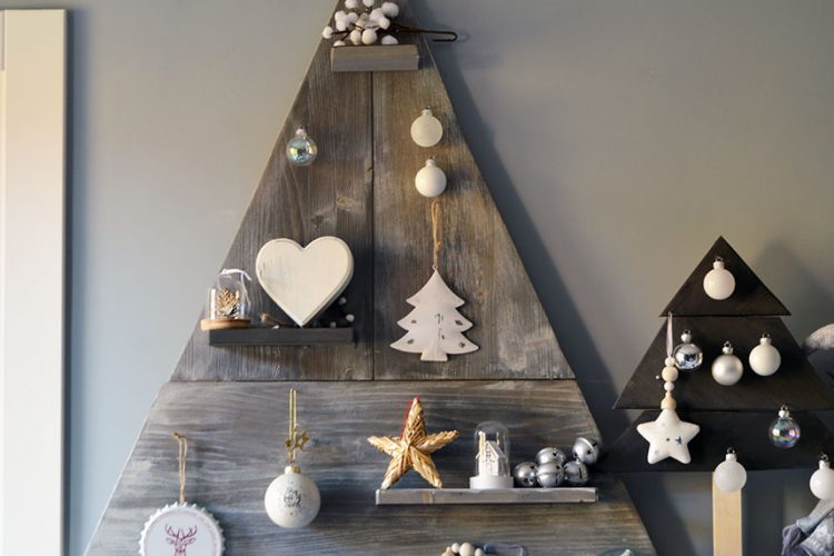 Cómo hacer un árbol de Navidad de madera
