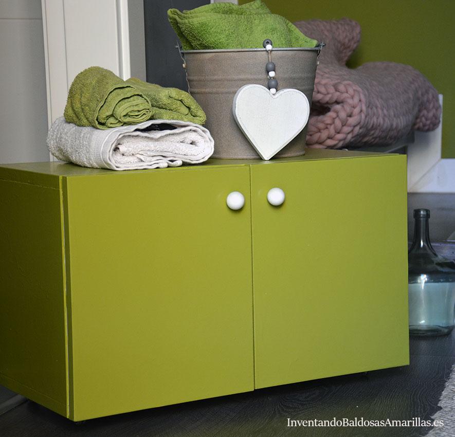 Cómo pintar muebles de baño de melamina